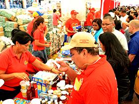 Garantizando la seguridad alimentaria con la venta de 900 toneladas de alimentos a nivel Nacional.