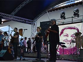 Gran Concierto que agrupó a representantes de diversos géneros musicales para llevar un canto de amor al gran Líder de la Revolución Bolivariana