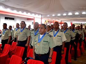 Funcionarios de la Policía del Municipio Bolivariano Libertador entre otras autoridades fueron condecoradas