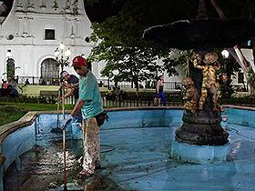 Las labores de mantenimiento se vienen ejecutando en varios lugares urbanos de la ciudad, con el único propósito de beneficiar a la ciudadanía