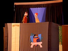 Bajo la dirección de Daniel Di Mauro, del grupo de teatro La Pareja.