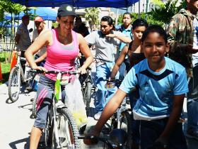 Estas actividades recreativas y culturales tienen como objetivo mejorar la salud de los participantes