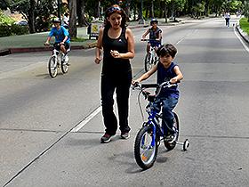 Comienza en la avenida Principal de Bello Monte y termina en la sede de la Universidad Bolivariana de Venezuela