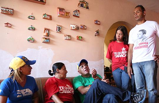 Jorge Rodríguez realizó un recorrido Casa por Casa en el sector Lídice de la parroquia La Pastora