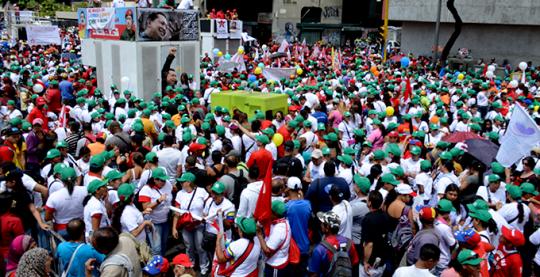 Marcha de Muejeres por la Paz 2