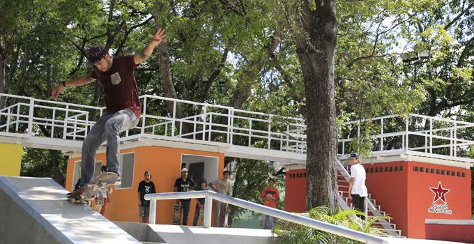 Resultado de imagen para espacios recuperados por el gobierno venezolano