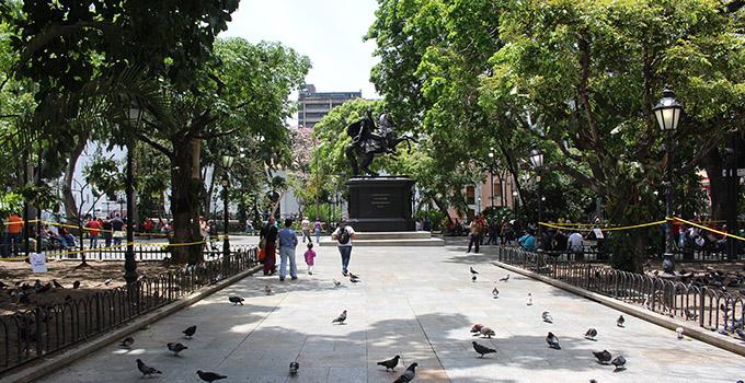 plaza bolivar recuperación (8)