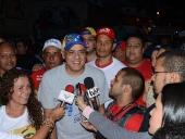 Jorge Rodríguez realiza Caravana en la parroquia 23 de Enero. 2 de diciembre de 2013