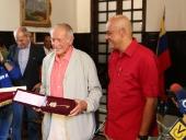 Jorge Rodríguez entregó llaves de Caracas a Sir Richard Rogers. 17 de enero de 2014