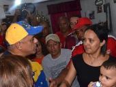 Jorge Rodríguez realizó casa por casa en el sector Nuevo Horizonte. 26 de noviembre de 2013