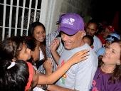 Jorge Rodríguez recorrió barrio El Limón. 4 de diciembre de 2013