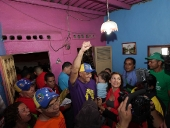 Rodríguez visitó comunidad El Amparo, parroquia Sucre. 22 de noviembre de 2013