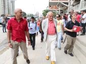 Sir Rogers visita Proyecto Integral de Viviendas Santa Rosa. 17 de enero de 2013
