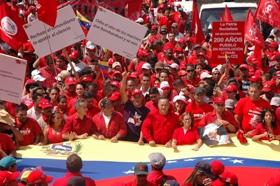 Marea roja invadió Caracas