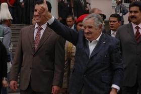 Primera visita de Mújica a Venezuela