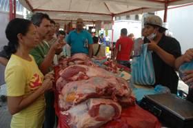 Víveres, carnes y pescados a precios solidarios