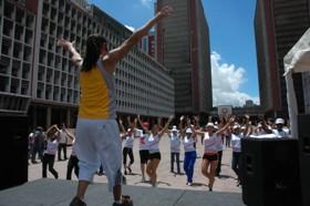 La bailoterapia se realizará todos sábados, a las 10:00 a.m. en Plaza Caracas