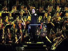 Caracas se iluminó con la participación de Dudamel para el cierre de este Gran Concierto Bicentenario