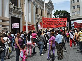 Los trabajadores de la economía popular desmintieron a falsos voceros de mercados populares y concesionarios dedicados a la alimentación
