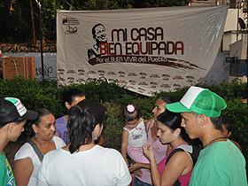 Familias de la parroquia Macarao recibieron kits de cocinas, lavadoras y neveras, del programa Mi Casa Bien Equipada