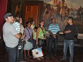La Alcaldía de Caracas ofreció a la representación de la Embajada de Cuba un recorrido por los sitios históricos de la ciudad