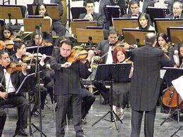 Los asistentes pudieron deleitarse con las diversas melodías de la orquesta municipal caraqueña