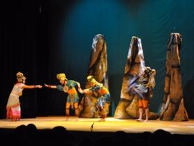 La historia infantil cuenta la creación del mundo según la creencia indígena maya