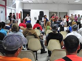 ofrecieron un espectáculo donde los presentes se deleitaron al ritmo del son cubano y canciones de Alí Primera