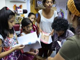 La Biblioteca Viajera se quedó para llegar a rodas las comunidades de Caracas