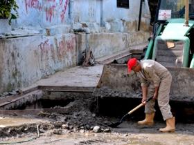 Los trabajos de recuperación en La Vega y Antímano forman parte de la respuesta inmediata que da el gobierno revolucionario