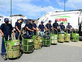 Supra se encuentra en las calles para la recolección de desechos sólidos