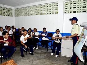 Policaracas se traslada a todas la escuelas caraqueñas llevando mensajes de conciencia a todos los estudiantes