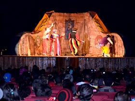 La obra teatral se estrenó en Caracas en el año 1988, la cual ha recorrido casi todo el país