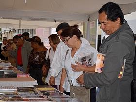 La actividad fue organizada por la editorial de la Defensoría del Pueblo en conjunto con la Alcaldía de Caracas y otros entes gubernamentales