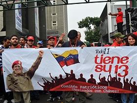 El pueblo venezolano se reunió este viernes para festejar el Día de Rescate de la Dignidad Nacional.