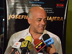 Durante esta puesta en escena, estuvo presente el Alcalde de Caracas Jorge Rodríguez, quien manifestó su alegría por presentar en la ciudad capital a una de las mejores agrupaciones de teatro.