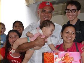 """Rodríguez,manifestó """"Me produce gran felicidad estar aquí compartiendo con las madres y viendo los logros tangibles, reales de la Revolución Bolivariana""""."""