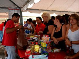 El evento contó con la participación de Mercal, venta de celulares Vergatario de Movilnet, Saime, jornada de salud, grupos culturales y musicales