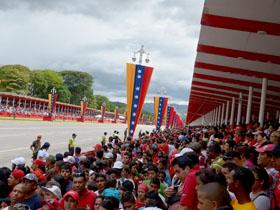 Presidente Chávez: Estamos unidos pueblo y Fuerza Armada